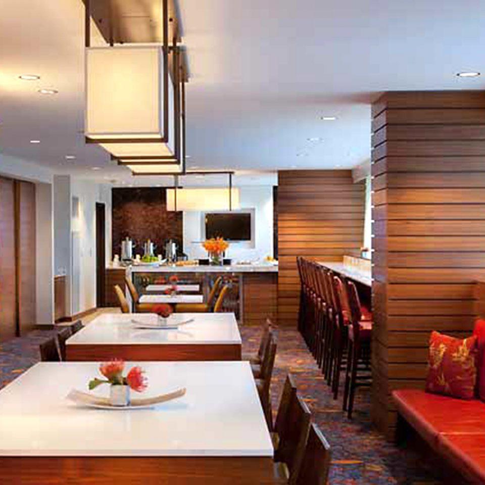 Bar Dining Drink Eat Hip Luxury property Suite Resort living room condominium wooden cottage Villa Bedroom