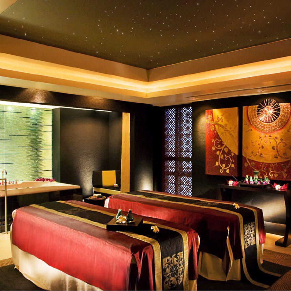 Hip Luxury Spa Lobby recreation room billiard room function hall living room Suite restaurant Bar Bedroom