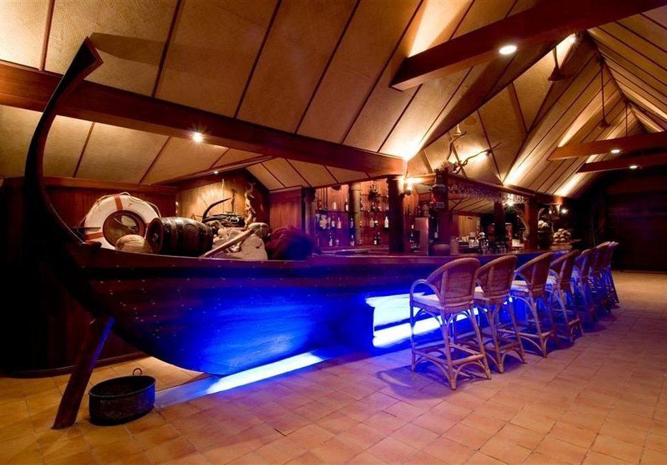 recreation room billiard room nightclub Bar function hall blue