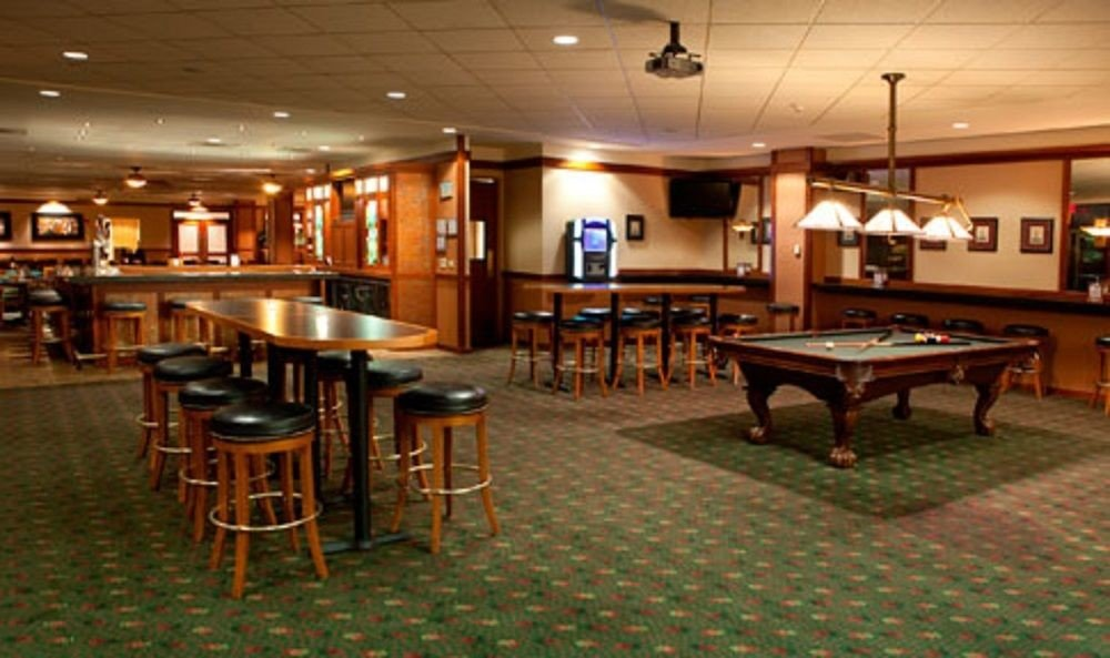 recreation room billiard room Bar function hall