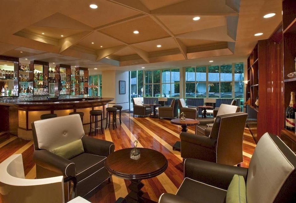 Bar City Classic Lounge chair Lobby restaurant yacht billiard room recreation room Boat function hall Resort passenger ship convention center Dining leather