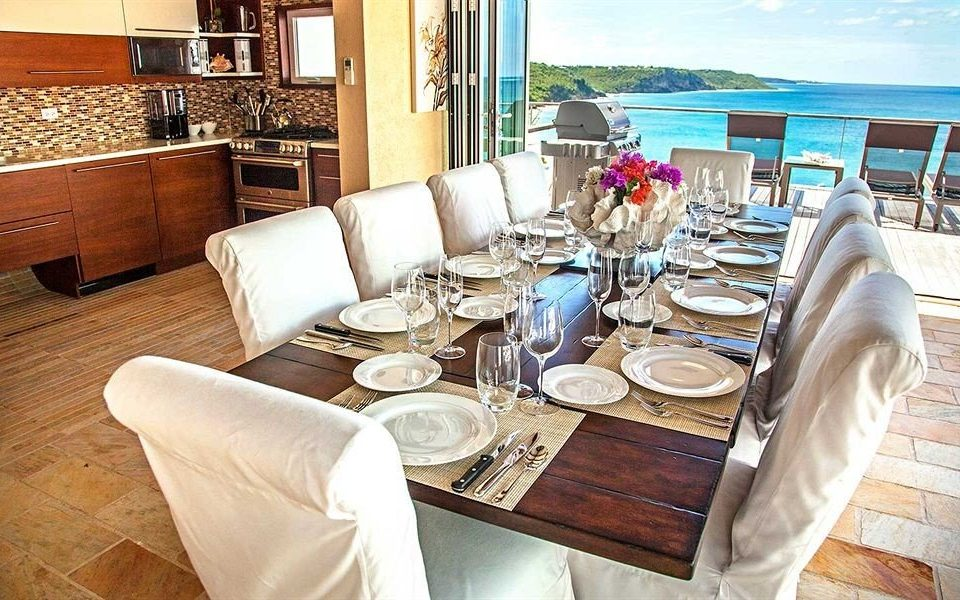 Bar Dining Drink Eat Luxury Scenic views property restaurant yacht home cottage living room vehicle Suite Boat sofa