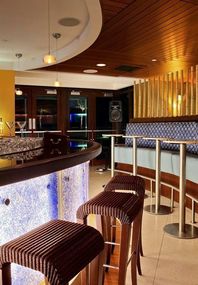 property chair restaurant Resort yacht passenger ship recreation room Bar vehicle Boat Suite