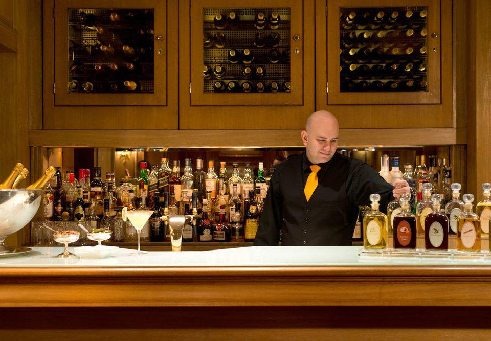 bottle dinner sense restaurant Bar