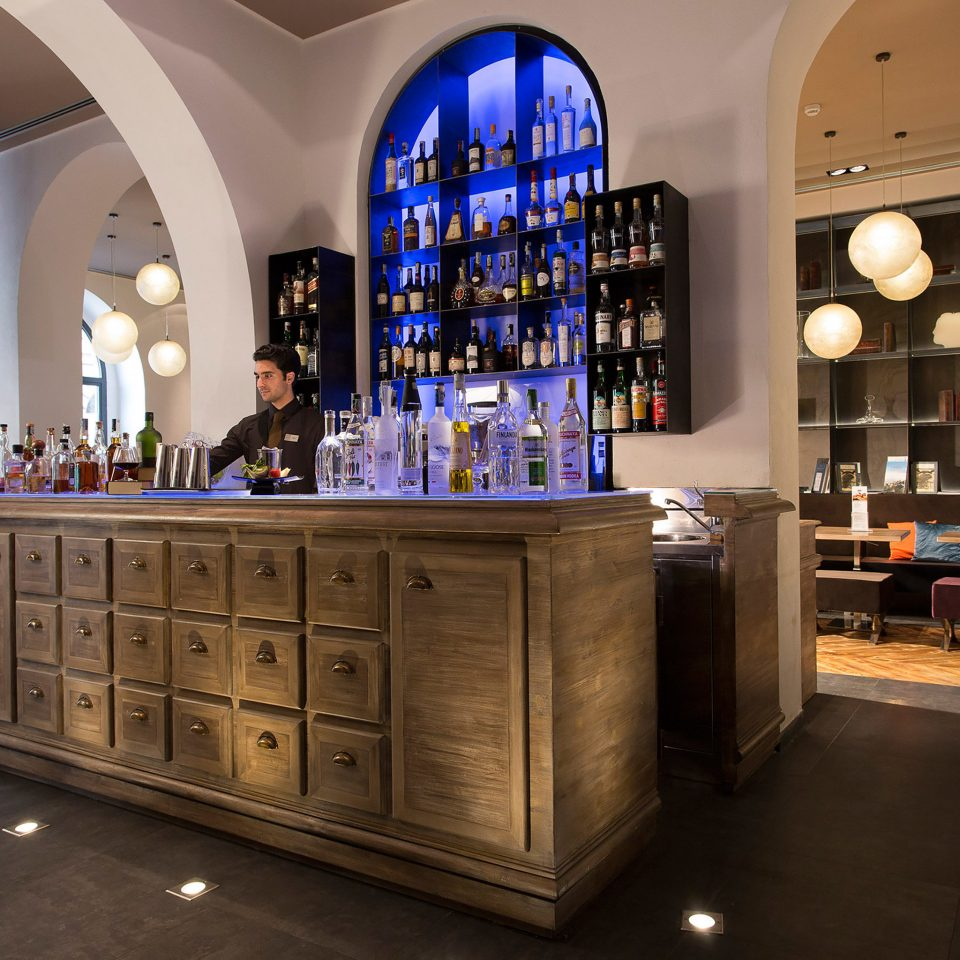 Bar Boutique Budget City Lobby Modern retail home cabinetry