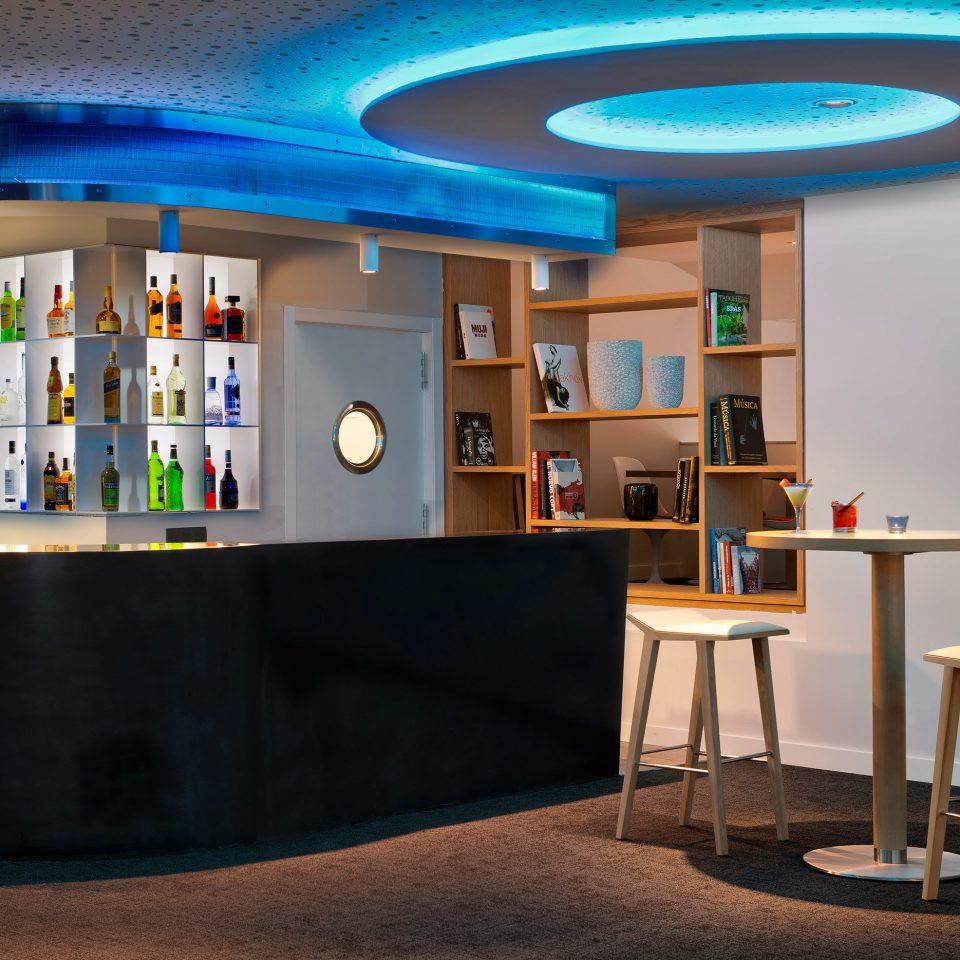 Bar Boutique Budget City Drink Hip shelf building library blue