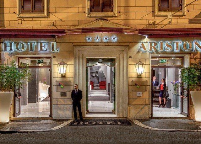 building retail restaurant Boutique door Bar