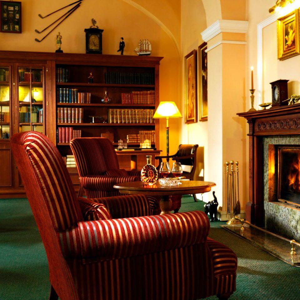 Bar Boutique City Drink Elegant Fireplace Lounge Modern property building fire living room home Lobby mansion Villa Resort