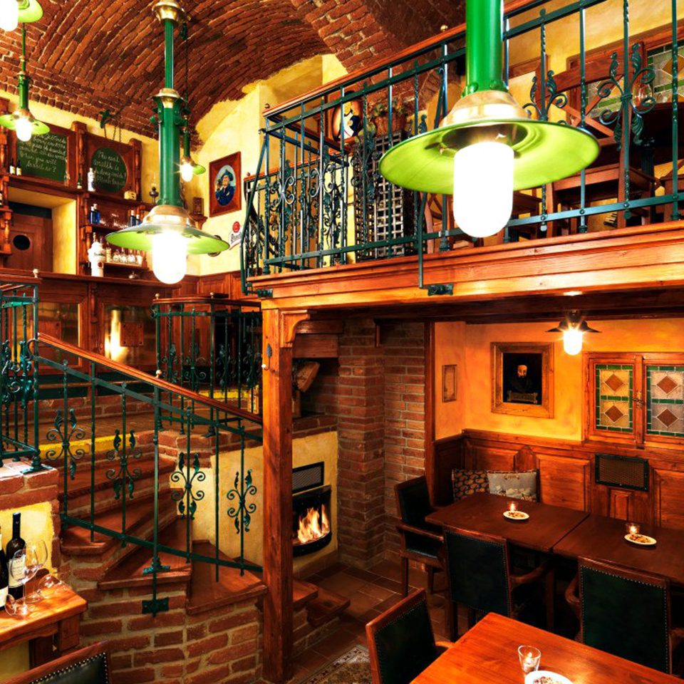 Bar Boutique City Drink Elegant Lounge Modern Wine-Tasting night restaurant tavern store cluttered