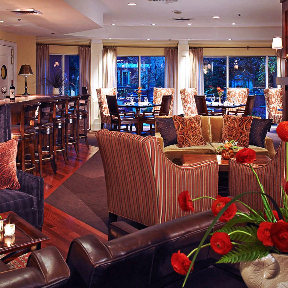 Bar Boutique Classic Drink Historic Lounge Lobby restaurant function hall living room