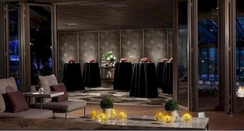 Boutique ceremony floristry function hall mansion ballroom Dining Bar dining table