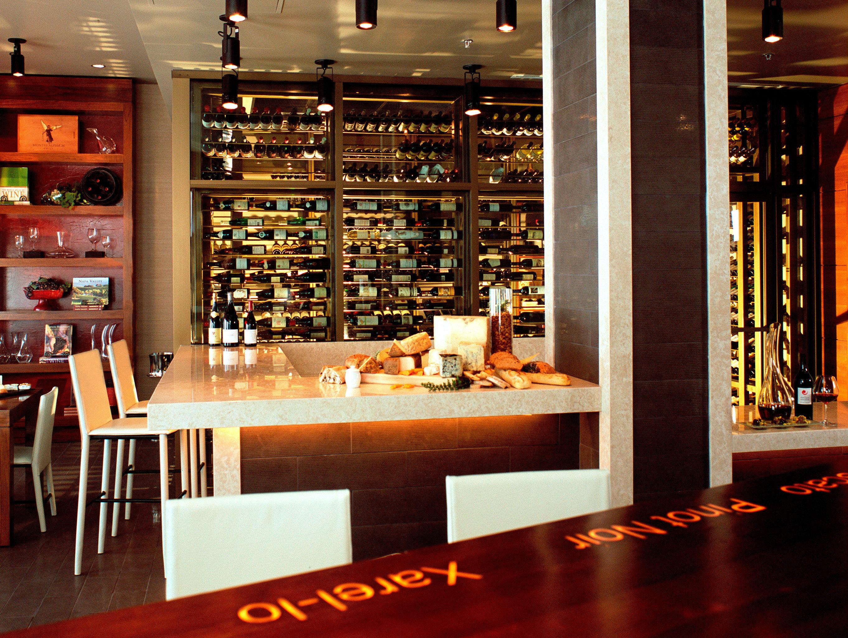 Bar Drink Ocean Waterfront Wine-Tasting shelf restaurant retail Boutique Dining