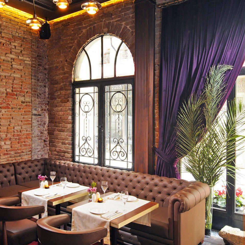 Bar Boutique Dining Drink Eat Elegant home Lobby living room lighting restaurant mansion