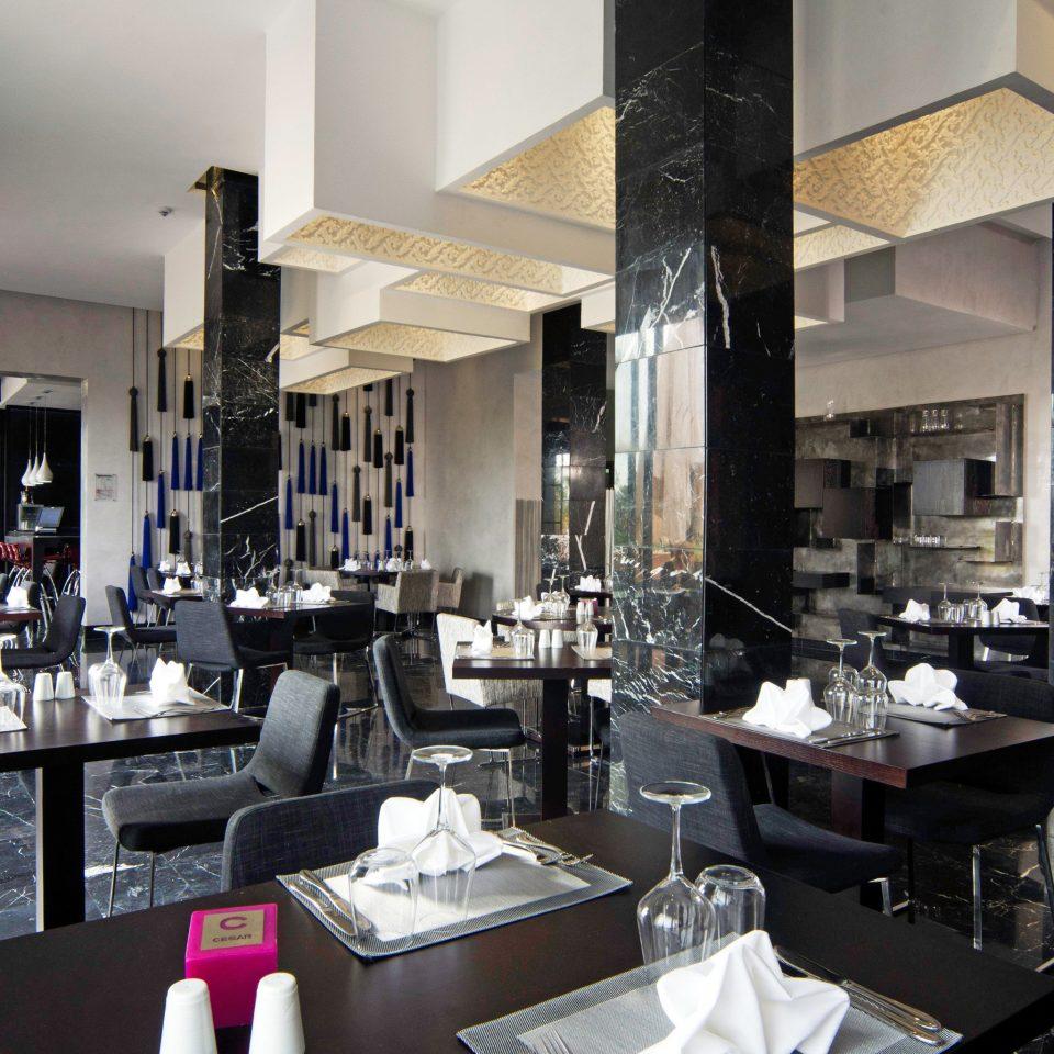 Dining Drink Eat Nightlife Resort restaurant café Boutique cluttered Bar