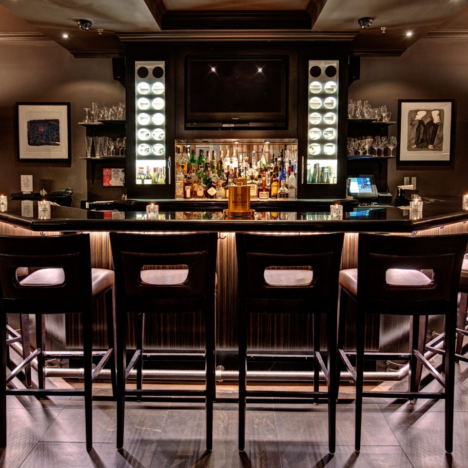 Bar Boutique Dining Drink Eat Historic Inn restaurant function hall