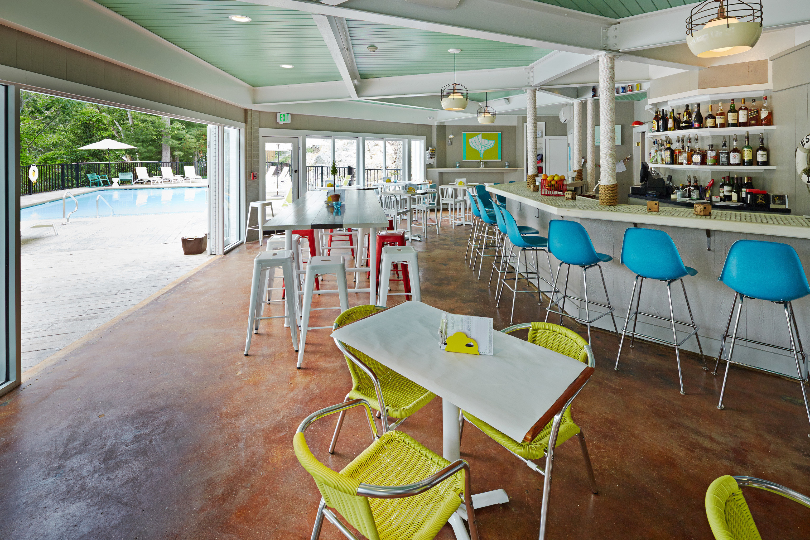 Bar Boutique Dining Eat Family Lodge Outdoors Waterfront chair restaurant cafeteria