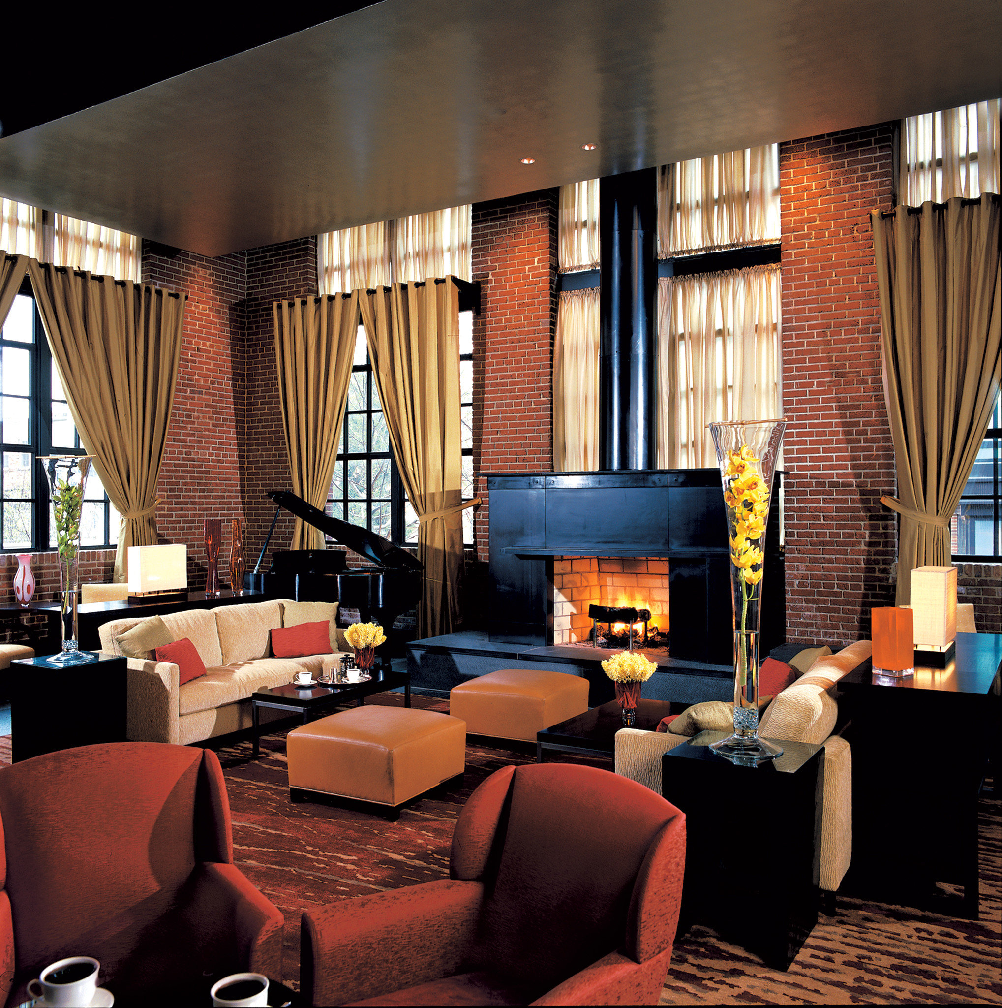 Boutique Hotels Fireplace Hotels Lounge Luxury Modern living room Lobby restaurant home Bar Suite