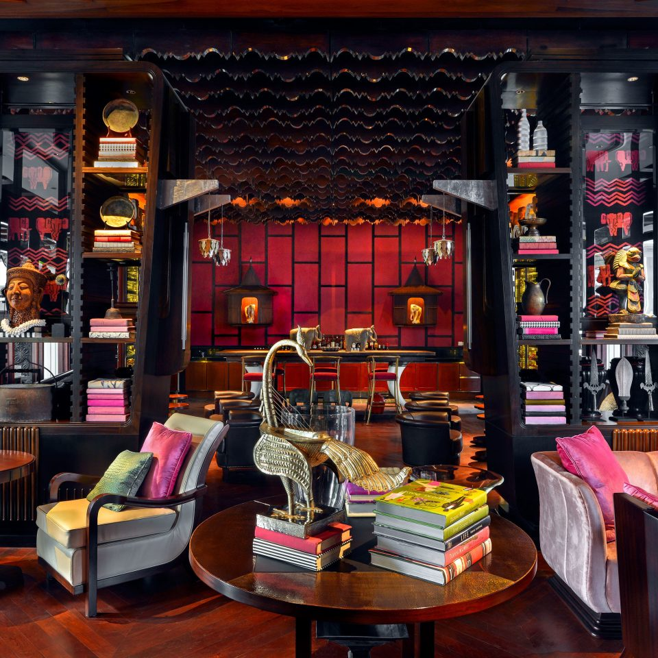 Lobby Luxury Boutique Bar restaurant retail