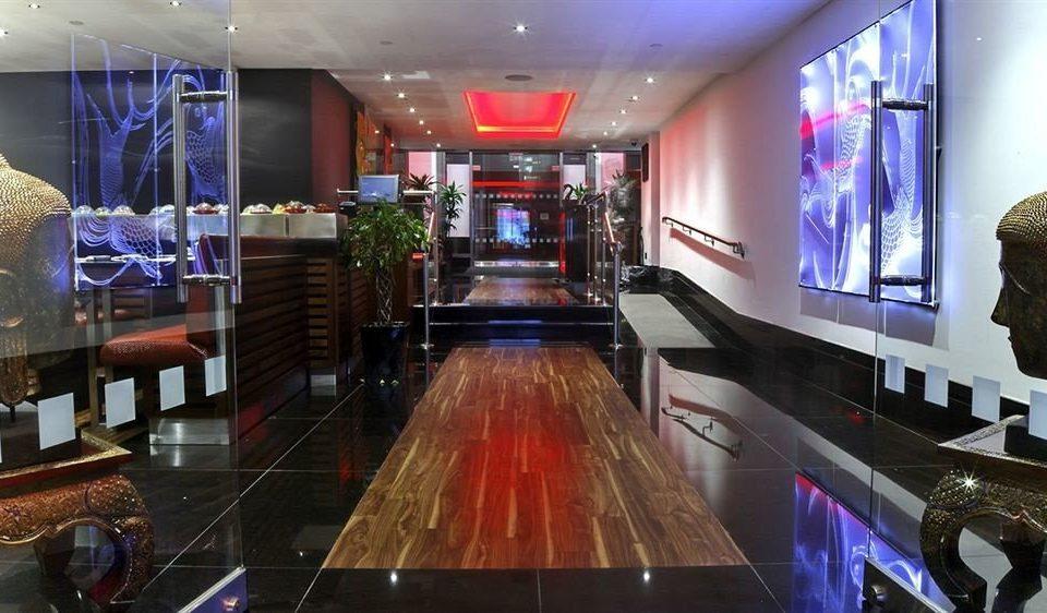 Lobby recreation room Boutique nightclub Bar