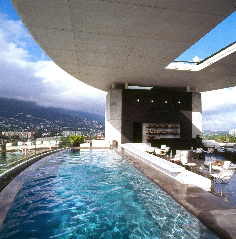 Bar Boutique Modern Mountains Pool Scenic views sky ground swimming pool leisure Resort condominium walkway