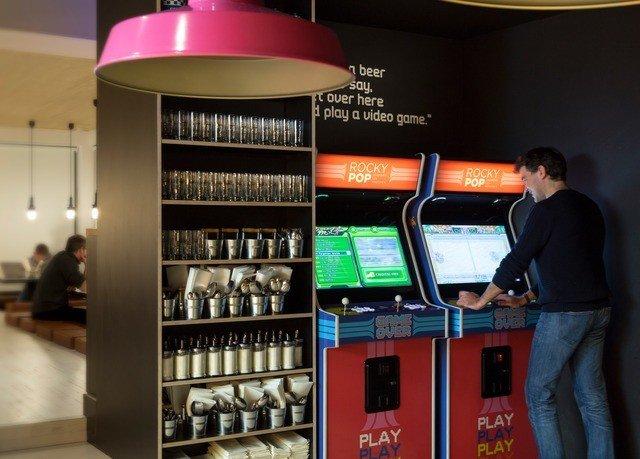 brand machine Bar vending machine