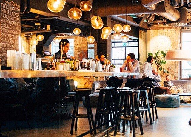 restaurant Bar brunch dining table