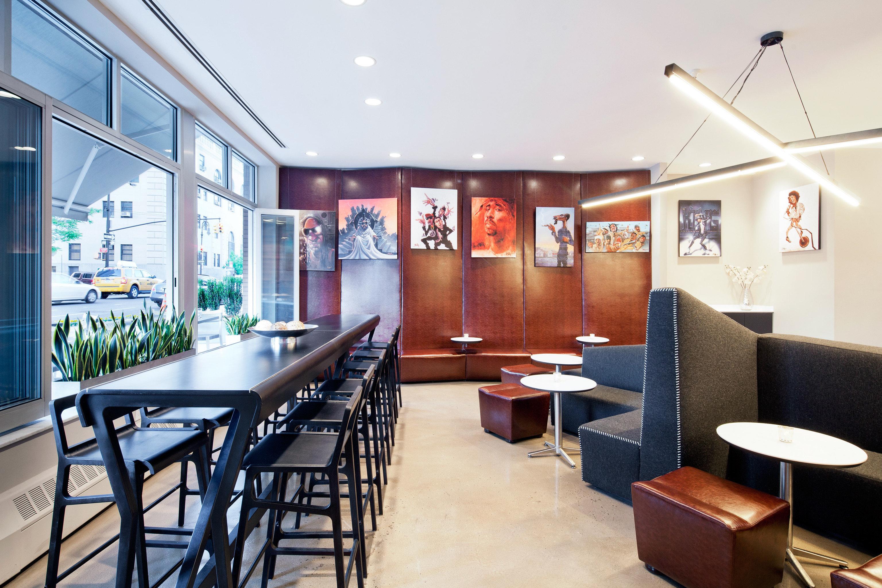 Budget City Dining Eat Lounge chair property restaurant Lobby Bar café condominium Modern