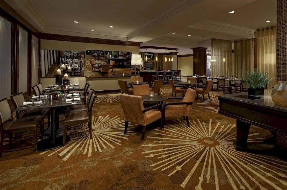 Bar Business Classic Dining Drink Eat Golf Modern Lobby property restaurant living room flooring
