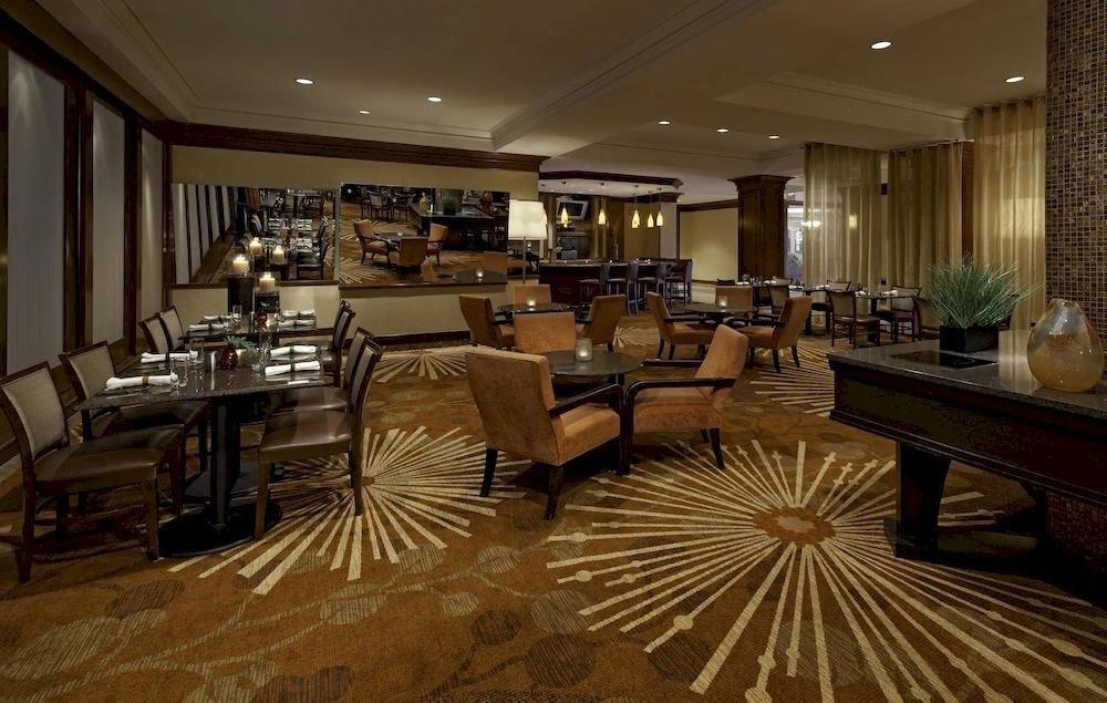 Bar Business Classic Dining Drink Eat Golf Modern Lobby property restaurant living room flooring