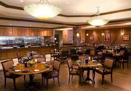 Business Classic Dining function hall restaurant billiard room Bar convention center recreation room conference hall ballroom Island