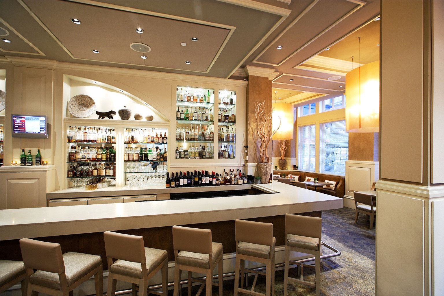 Bar Business Dining Drink Eat Historic Luxury Modern Romantic restaurant Island