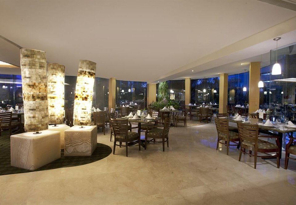 Business Dining Drink Eat Modern Lobby property restaurant Bar function hall convention center condominium Resort