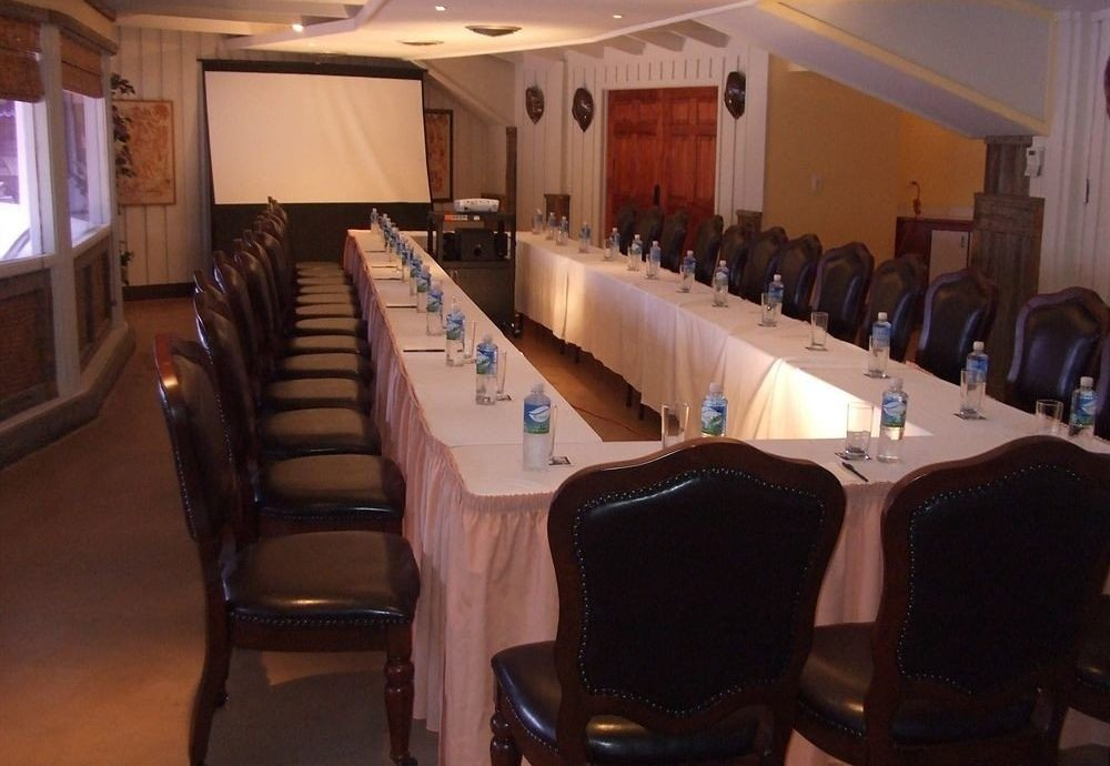 Bar Business Dining Drink Eat chair conference hall function hall restaurant meeting banquet auditorium conference room