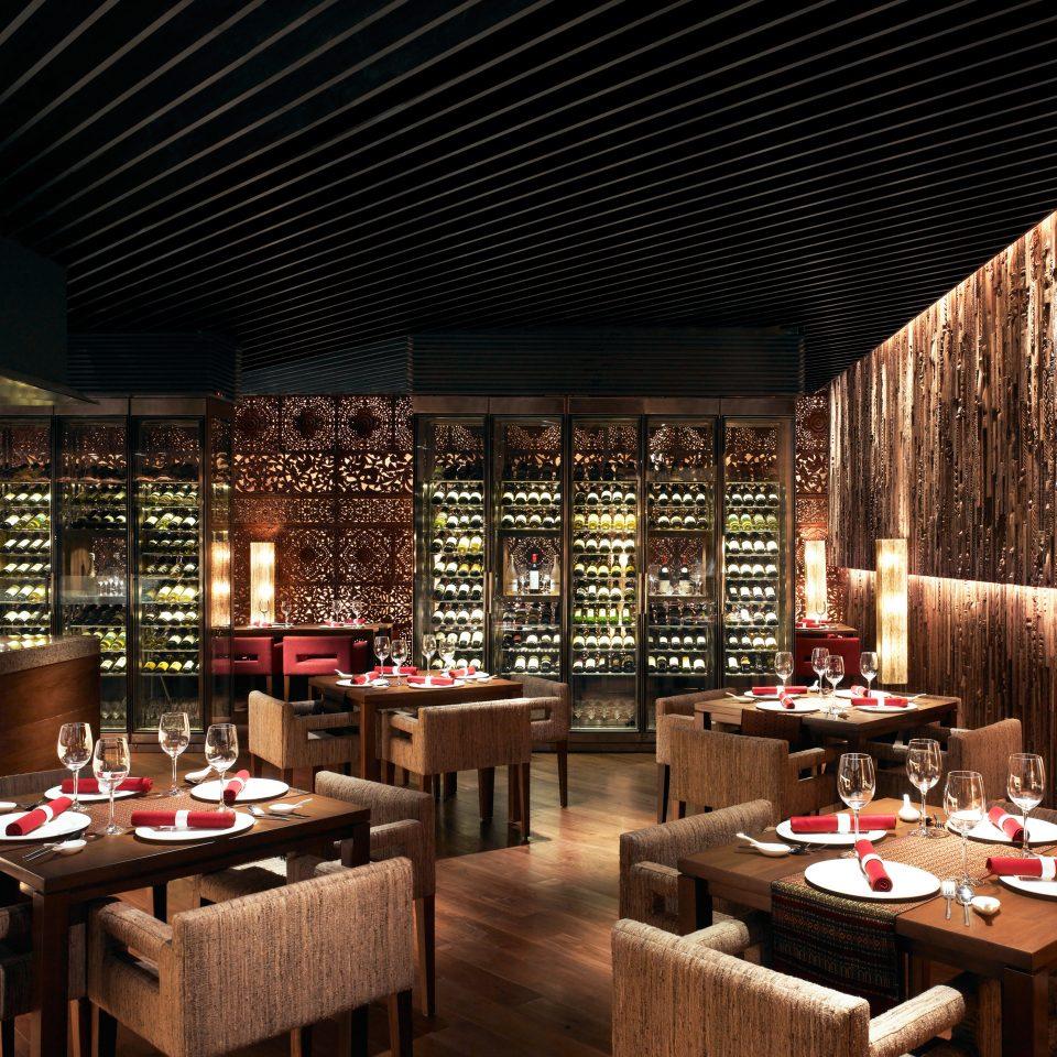 Bar Business Dining Drink Eat Lounge restaurant café long set