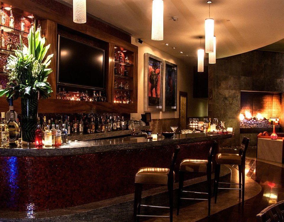 Bar Business Drink Fireplace Modern lit restaurant Lobby dark