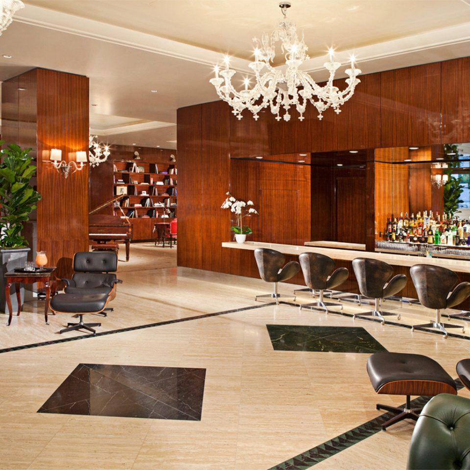 Business Lounge Luxury property Lobby home living room condominium mansion Island Bar