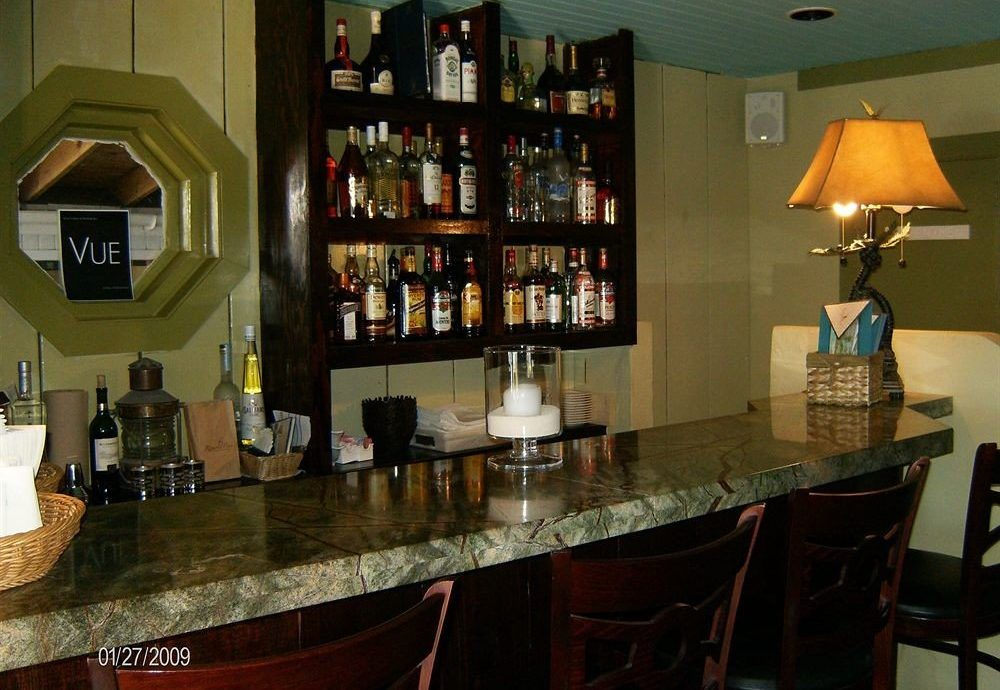 property Bar restaurant home shelf cabinetry