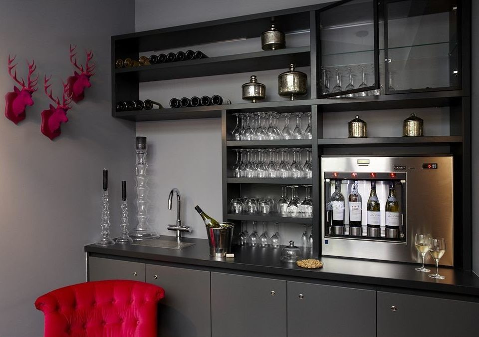 shelf cabinetry Bar shelving