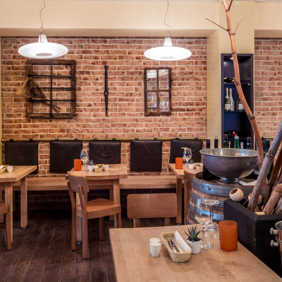 property restaurant home living room Bar café cottage cluttered