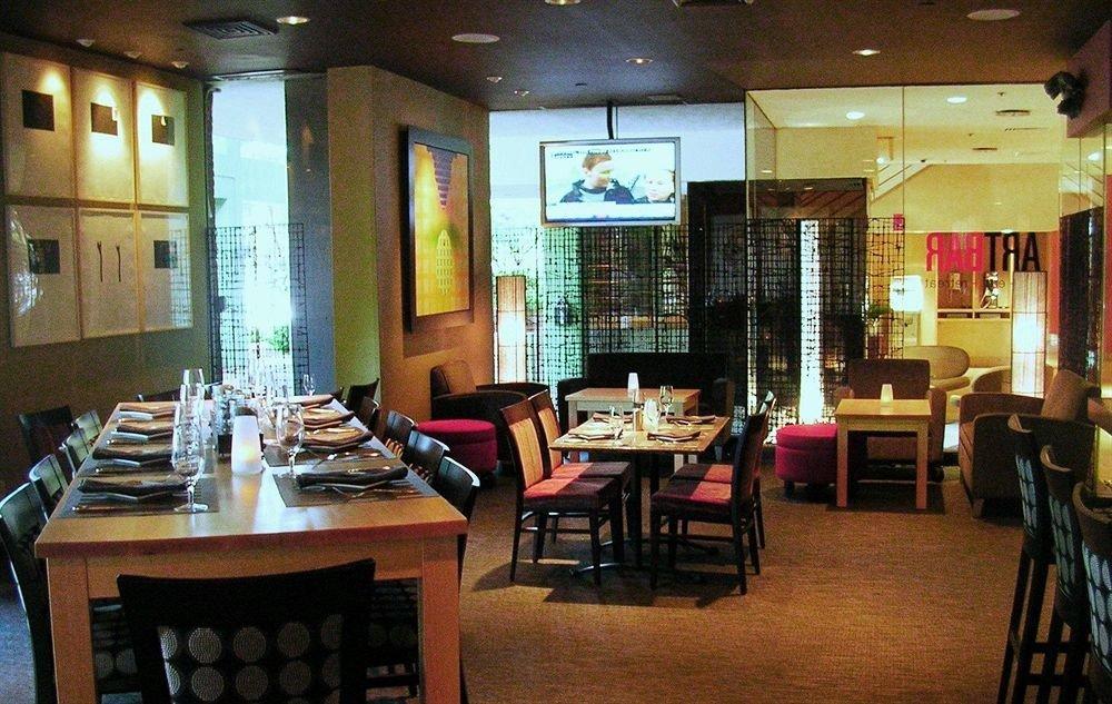 property restaurant café Bar coffeehouse dining table