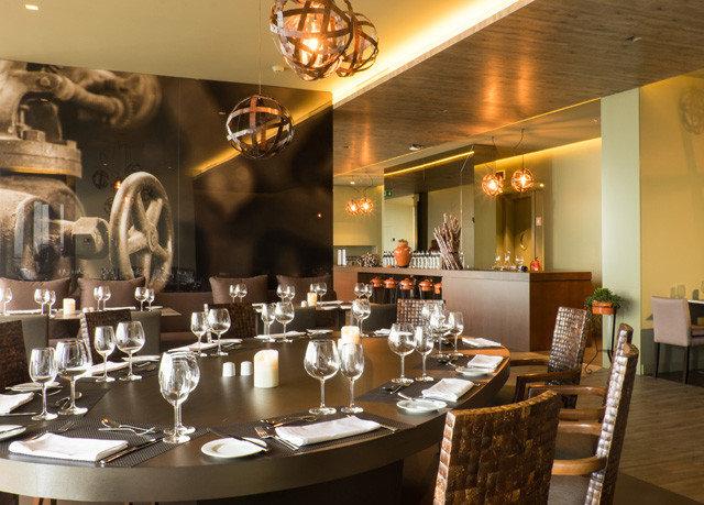 restaurant Bar function hall café cuisine dining table