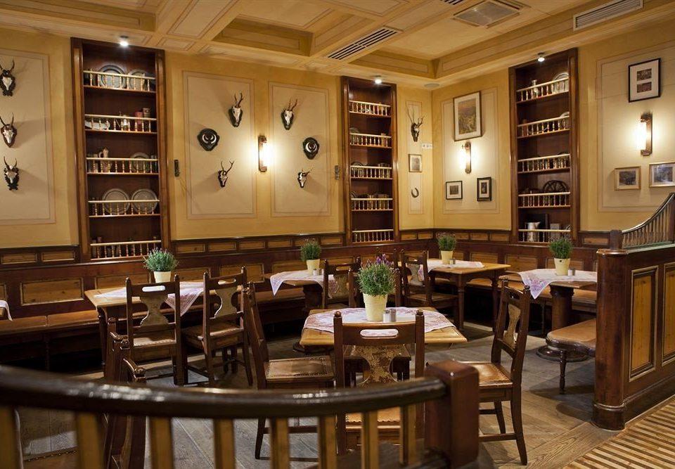 restaurant café function hall Bar