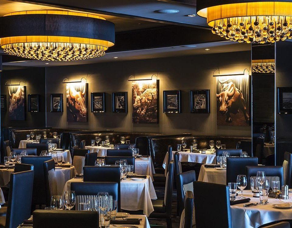 restaurant scene function hall Bar café