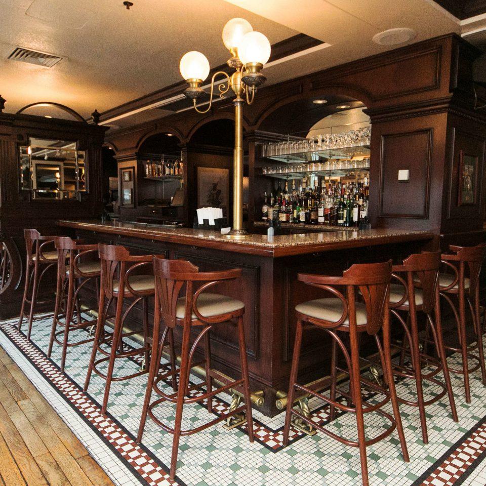 Bar restaurant café