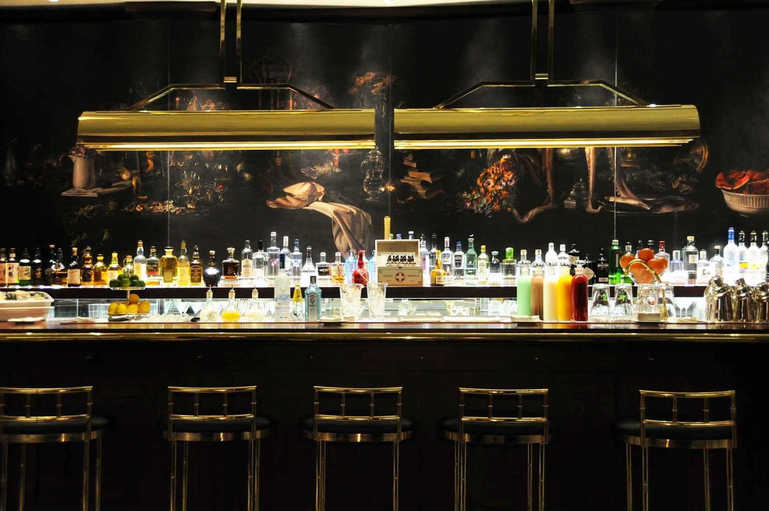 Bar City Classic Drink Elegant Historic restaurant counter