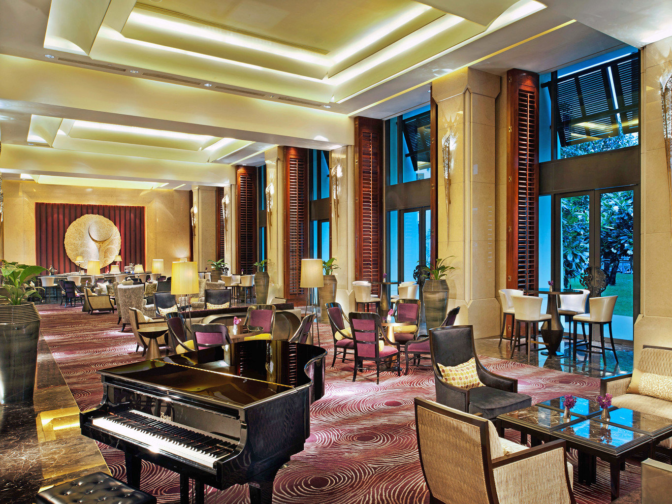 Bar City Classic Lobby Modern Resort property living room mansion home recreation room palace function hall