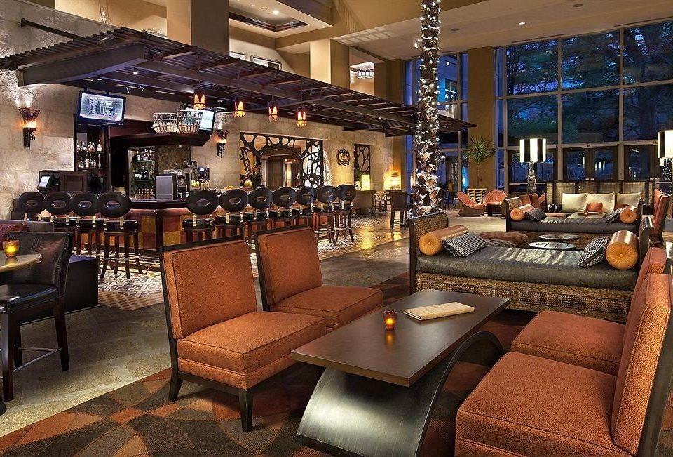 Bar City Classic Lounge Lobby property restaurant recreation room living room Resort café