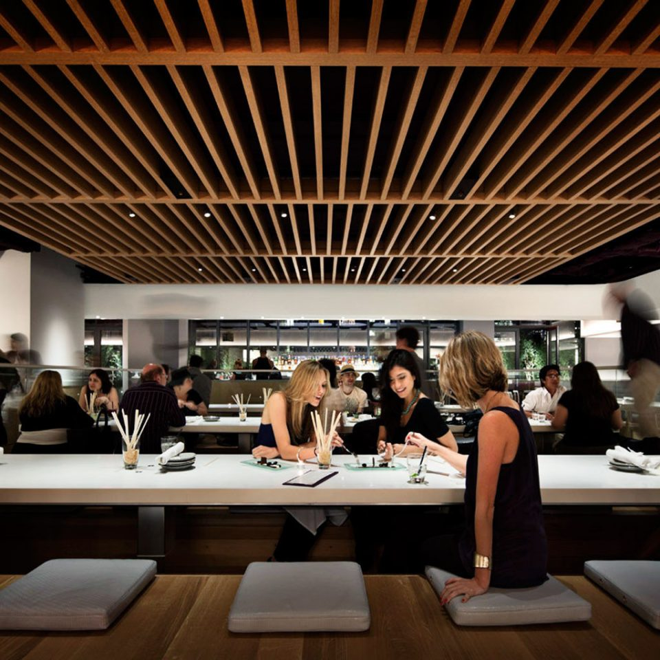 Bar City Dining Drink Eat Hip Luxury Modern group long academic conference convention convention center restaurant