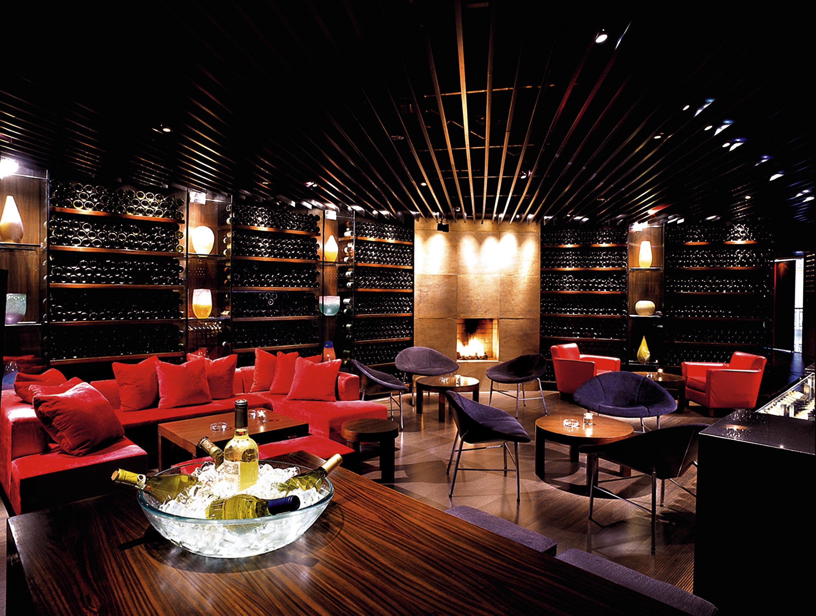 Bar City Dining Drink Eat Scenic views restaurant function hall nightclub