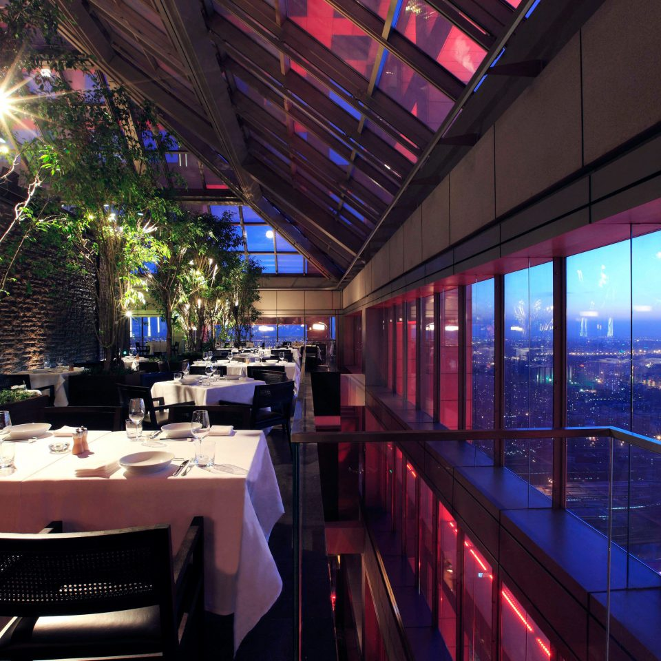 Bar City Dining Drink Eat Nightlife Scenic views restaurant nightclub Resort long lined line